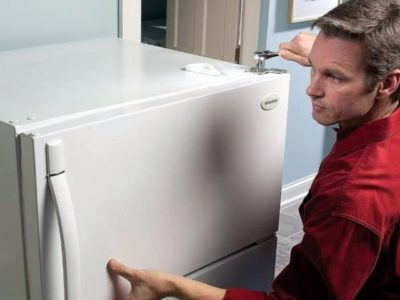 почему холодильник не морозит а морозилка работает