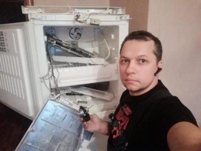 как разобрать холодильник на металлолом