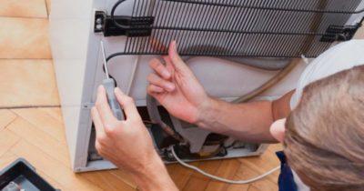 как прочистить дренажное отверстие в холодильнике самсунг