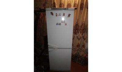 почему не морозит холодильник стинол