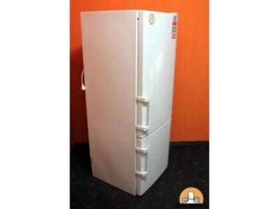 как включить холодильник либхер