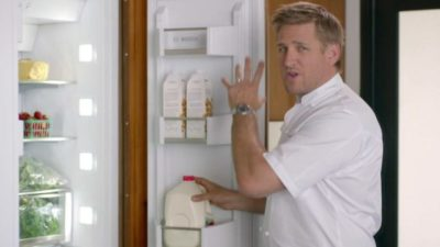 как включить холодильник бош