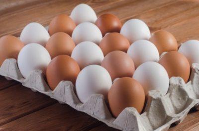 сколько хранятся яйца в холодильнике